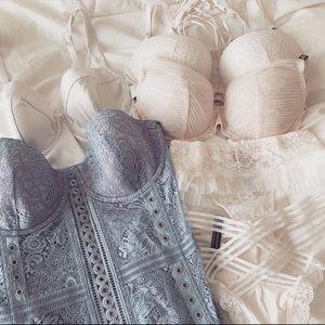 NWT Victoria's Secret Blue Corset 💙 Bra Top